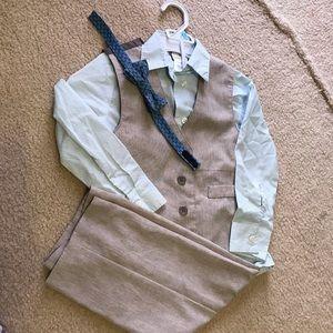 4-Piece Toddler Suit (4T)